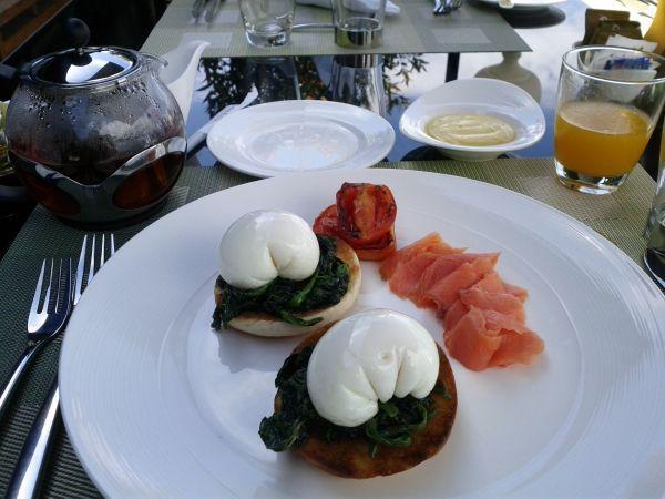 conrad-koh-samui-breakfast-eggs-florentin