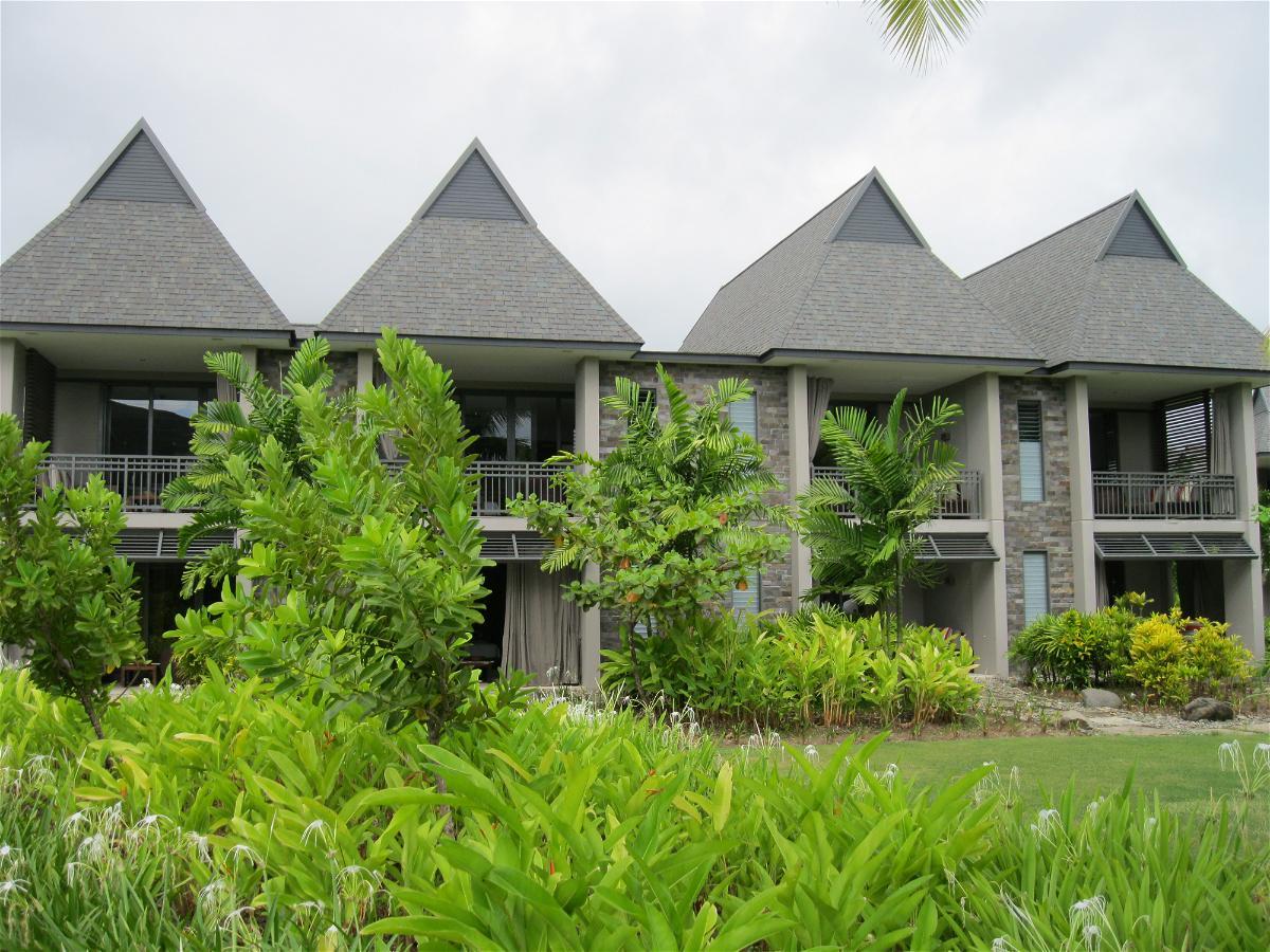 intercontinental-fiji-buildings-view