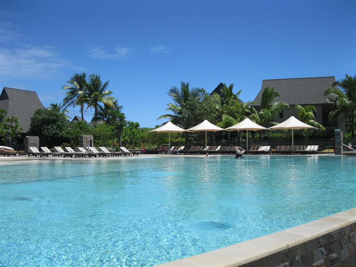 intercontinental-fiji-pool-1