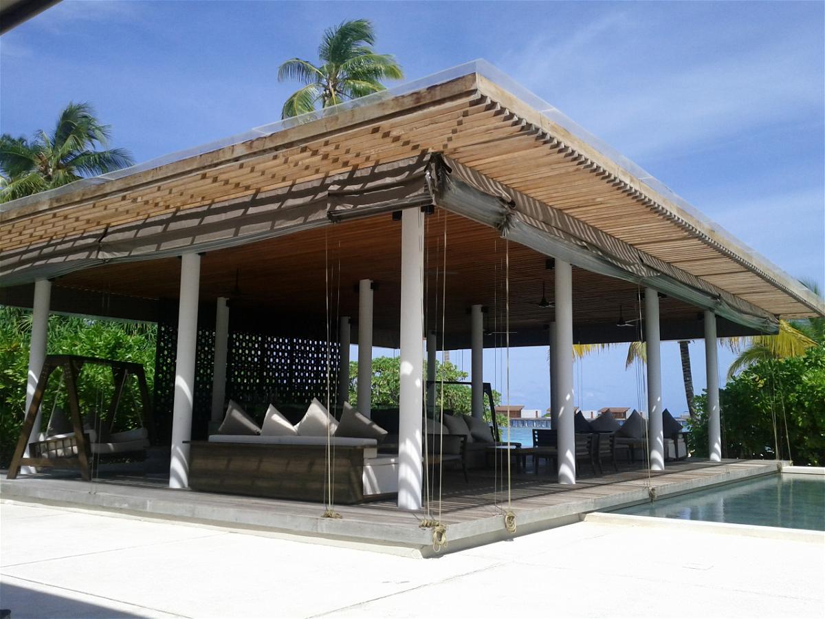 Park Hyatt Maldives Hadahaa Bar Bells Bar