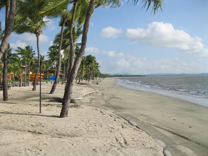 sheraton-fiji-beach-2