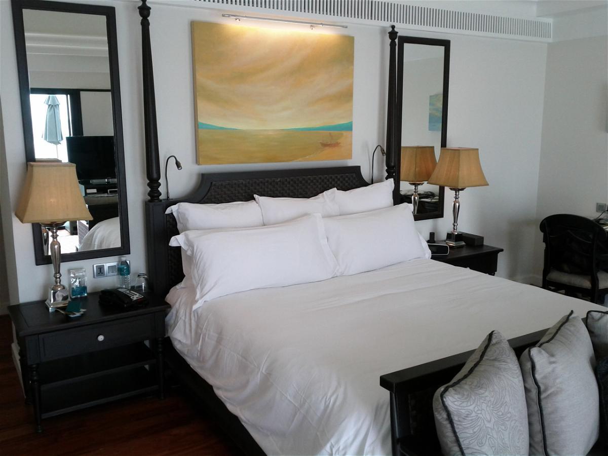 InterContinental Koh Samui Baan Taling Ngam Resort - Suite 510 Bed