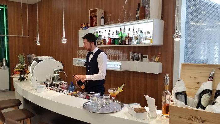 Alitalia Etihad Expo Milano 2015 Premium Lounge Bar Other View