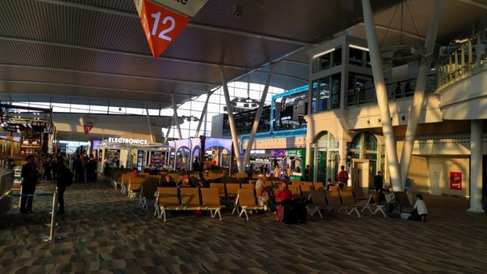 ff-hkt-new-airport-restaurants-upstairs