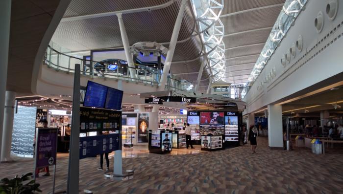 ff-hkt-new-airport-shops