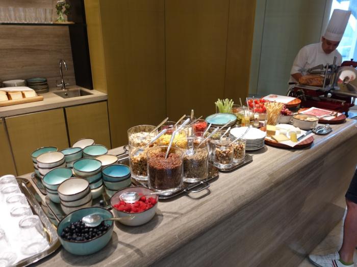 Park Hyatt Bangkok - Breakfast - Cereals, Blueberries & Raspberries