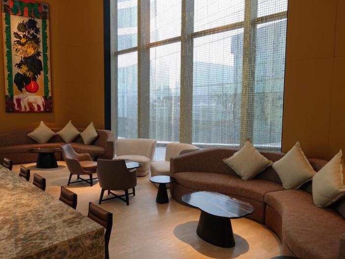 Park Hyatt Bangkok - Lobby Bar - Sitting Area